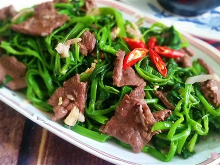 Cách làm món thịt bò xào rau muống