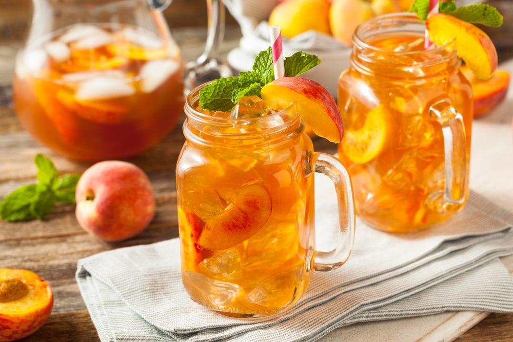 Hướng dẫn cách làm trà đào cam sả thơm ngon tại nhà