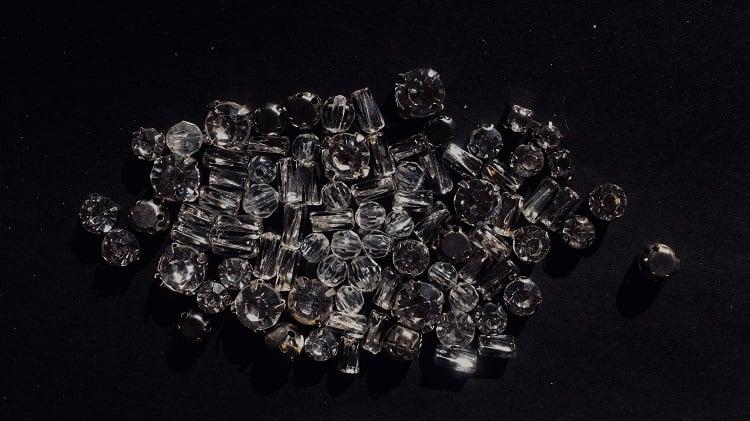 kim cương thiên nhiên là gì