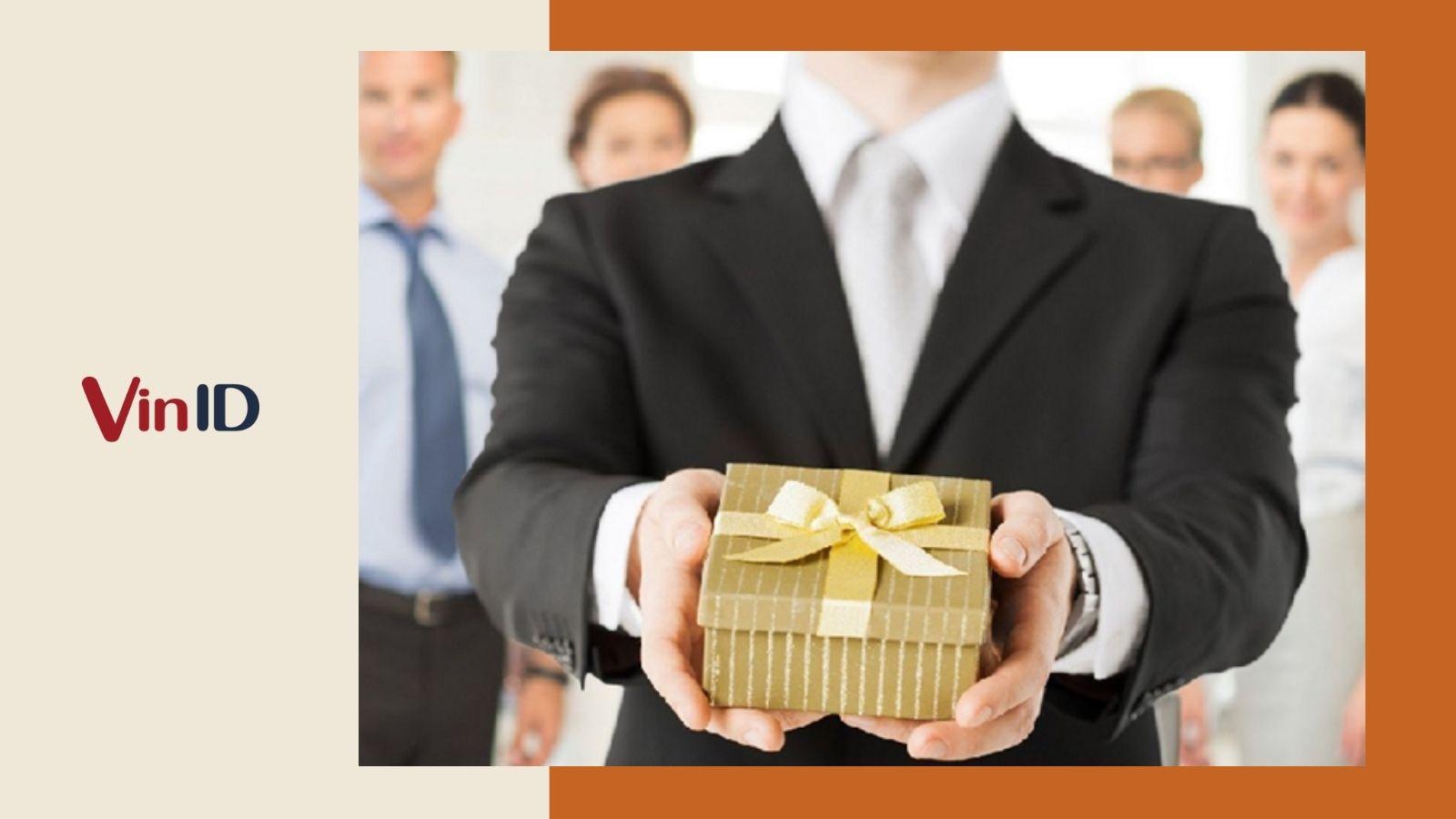 Quà tặng đồng nghiệp