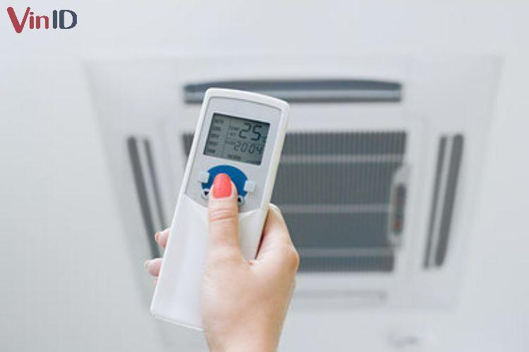 Điều chỉnh nhiệt độ, chế độ gió phù hợp